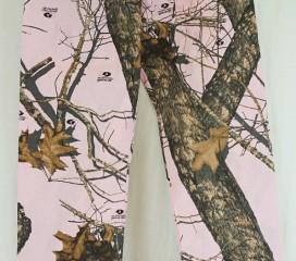 The Formal Sportsman Pink Mossy Oak Break-Up ® Nursing Scrub Pants
