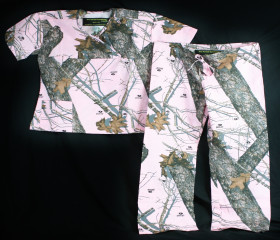 Mossy Oak Break Up Ladies Pink Scrubs Set