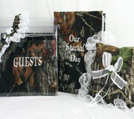 New Mossy Oak Break Up Wedding Set