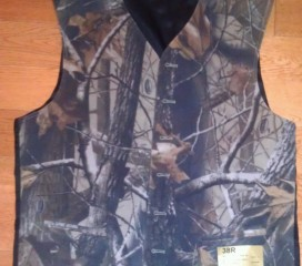 The Formal Sportsman Realtree Hardwood ® Full Back Camo Vest Wedding and Formal
